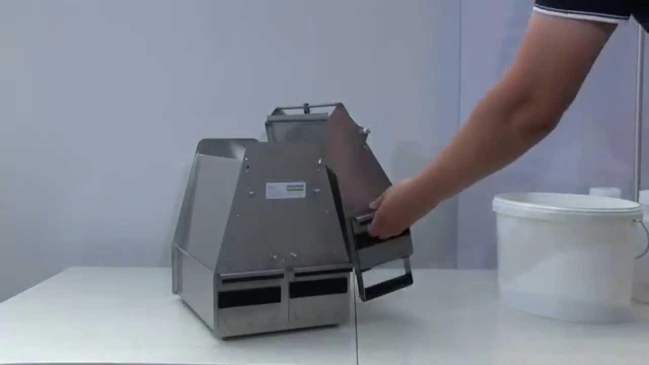 riffle sample divider use